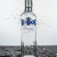 Fotografia szkła z kroplami wody
